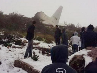 Algeria_C-130_crash_400x300