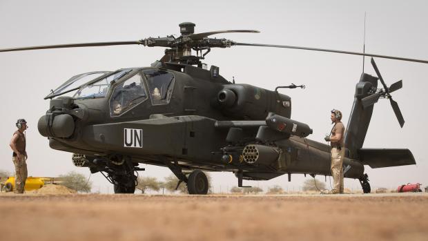 Helicóptero Apache holandés en Gao (Mali)