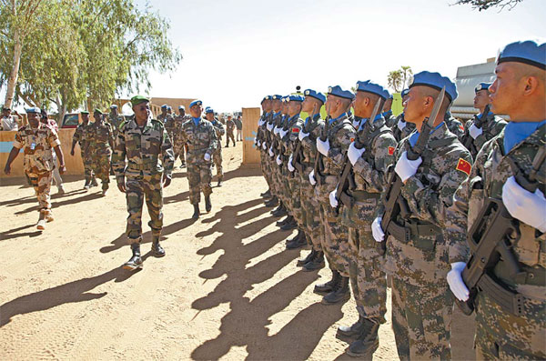 Cascos azules chinos en Mali. Foto: China Daily.